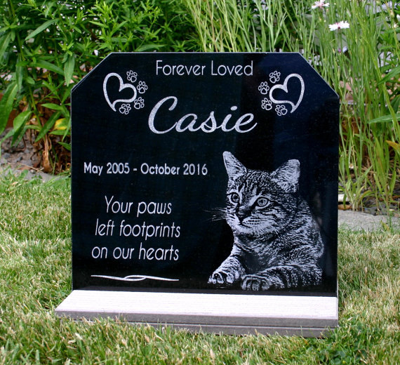 Black Granite Memorial Stone for a Cat