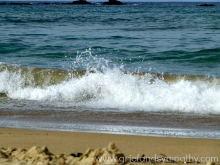 Wave breaking on the shore