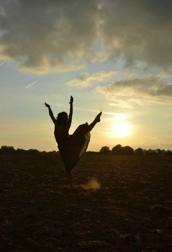 Using dance to express feelings of grief