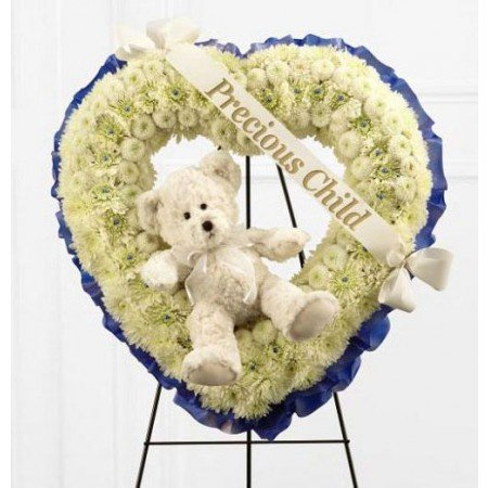 Heart Wreath with Teddy Cream and Blue