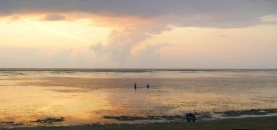 Sunrise at Sanur Bali - a moving photo to illustrate grief and loss
